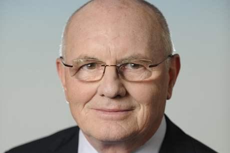 Otevřený dopis bývalého víceprezidenta Českého Červeného kříže (o byznysu s emigranty)