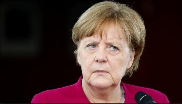 Při další ukázce multikulturního soužití v Ravensburgu, jsou nožem obohaceni,  tři pobodaní němečtí občané
