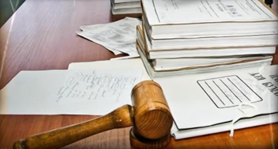 Slova soudce, který rozhodnutím zpochybnil vlastnická práva prezidenta Andreje Kisky k pozemkům, média radši nekomentují