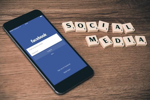 Facebook je trestně stíhán a vyšetřován kvůli sdílení osobních dat