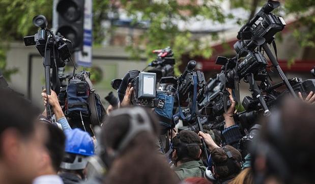Je zbytečné zaznamenávat, co říká mediální mainstream