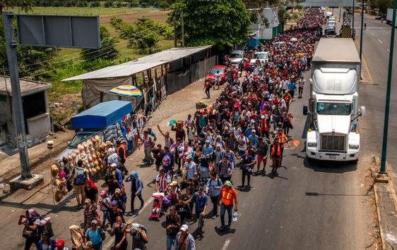 Spojené státy dočasně uzavřou své kontrolní body celní správy s Mexikem