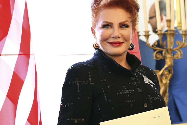 Poľská vláda sa pohádala s veľvyslankyňou USA