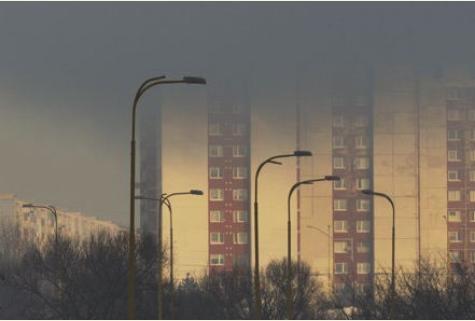 NALIEHAVÁ SPRÁVA od Eduarda Hakla: Nad SR sú vraždiace oblaky, zastavte umieranie ľudí! Mám aj dve dobré správy len pre správnych ľudí!