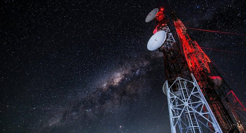 Rusko detekovalo manévry amerických vojenských satelitů ve vesmíru