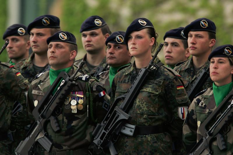 """Francie a Německo: """"Jsme rozhodnuti vytvořit evropskou armádu"""""""