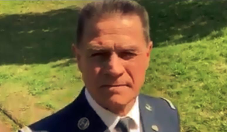 P-REZIDENT MAKRON dostal zajímavou sms před několika dny a nyní i videonahrávku od armády