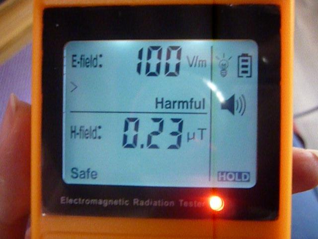 Na českém trhu se objevili přístroje na měření V/m, které jsou špatně nastavené