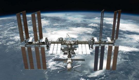 NASA oficiálně zpřístupňuje Mezinárodní vesmírnou stanici turistům a firmám