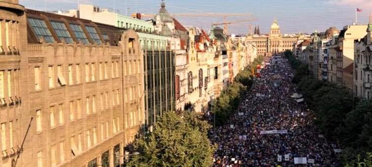Majdan roku na Václaváku