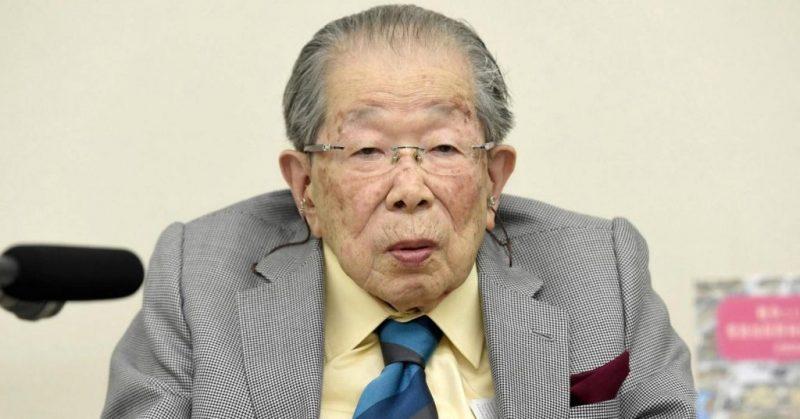 Japonský lékař, věnoval celý svůj život zkoumání tajemství dlouhověkosti – sám se dožil 105 let – odhaluje toto tajemství
