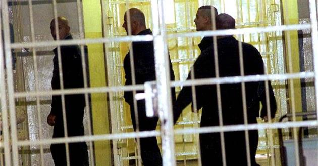 Za ohavný čin sotenia pod vlak, Mohammed Y., z dôvodu duševnej choroby, do väzenia nepôjde