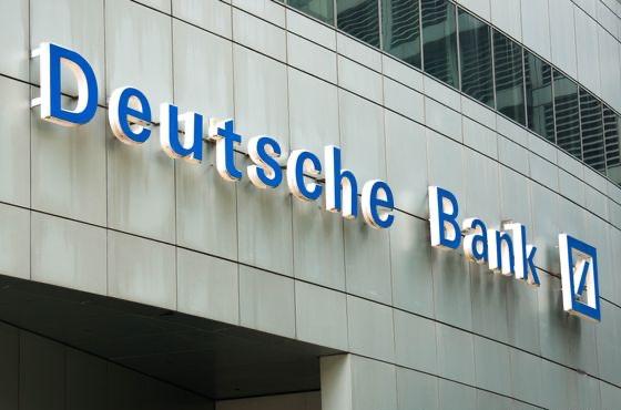 Německé Deutsche Bank tikají hodiny smrti stále rychleji