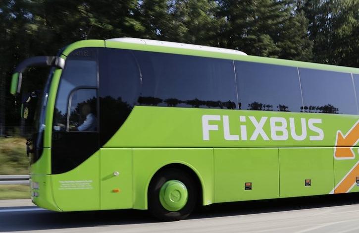 Pokusy zavést v pokrokovém Německu elektrické autobusy narazily na zbytky selského rozumu a německé technické schopnosti