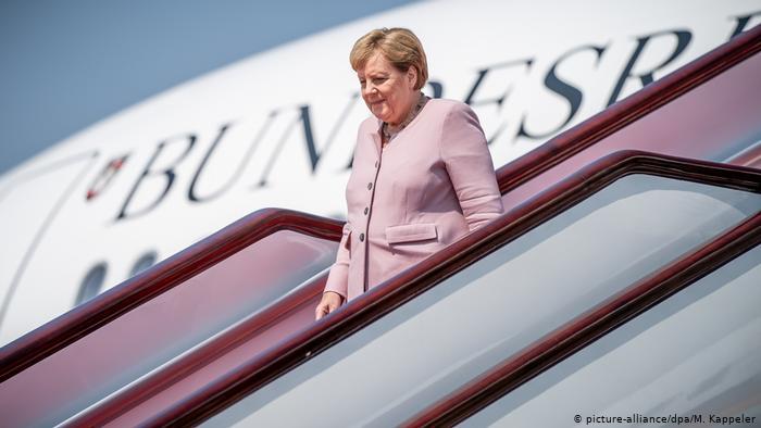 Angela Merkelová odletěla do Afriky. Zaměří se na migraci