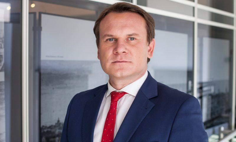"""Polský europoslanec varuje nelegální migranty: """"Pokud nechcete být zastřeleni, nepřicházejte na naše hranice"""""""