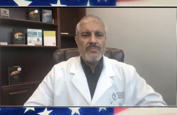 Dr. Buttar odhaluje pravdu o Covid-19 a propagovaném povinném očkování
