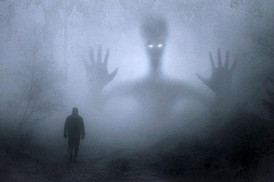 Pomoc při spirituálních pokusech: Co dělat, když situace začne být strašidelná