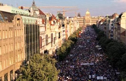Demonstrace 7.6.2020, 15:00 h Václavské náměstí – Praha. Republika povstala! Řekněme dost Corona-fašismu!