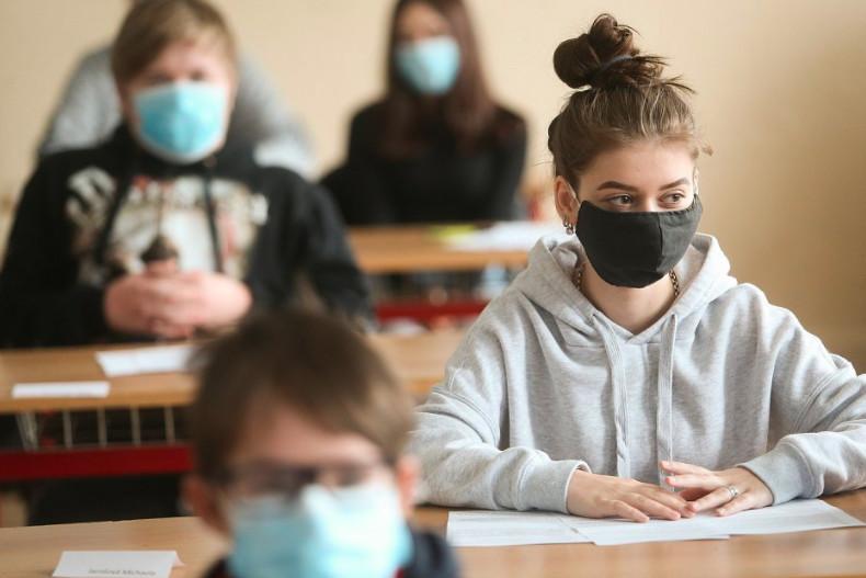 Testování školáků je v rozporu se zákony aneb Jak lákají děti do škol