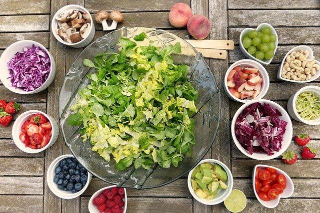 Vitamín D snižuje infekčnost a úmrtnost