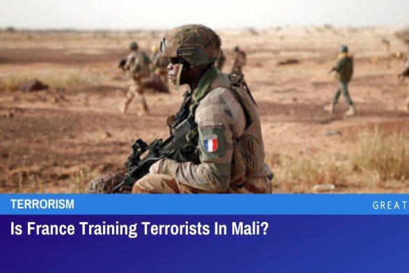 Vycvičuje Francie v Mali teroristy?
